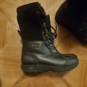 Uggs boots toddler size 1